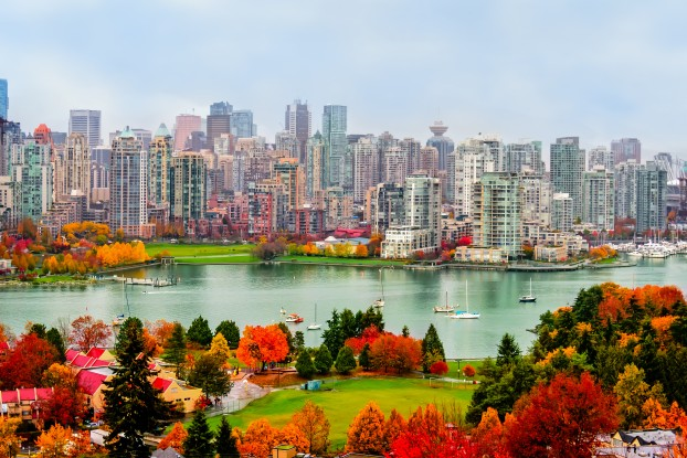 Vancouver- City with Fall Colours